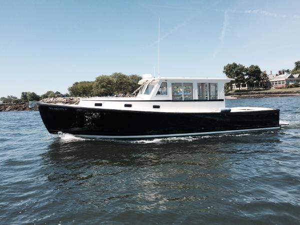 Ellis 36 Express Cruiser