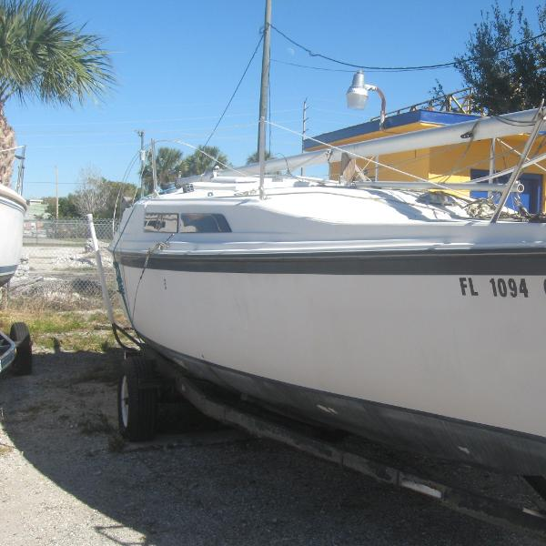 Macgregor 26' Sailboat Starboard side on her trailer