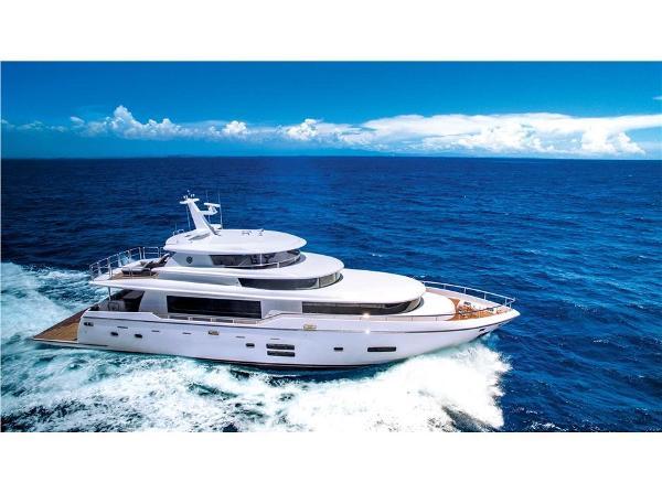 Johnson 93 Beam on at sea