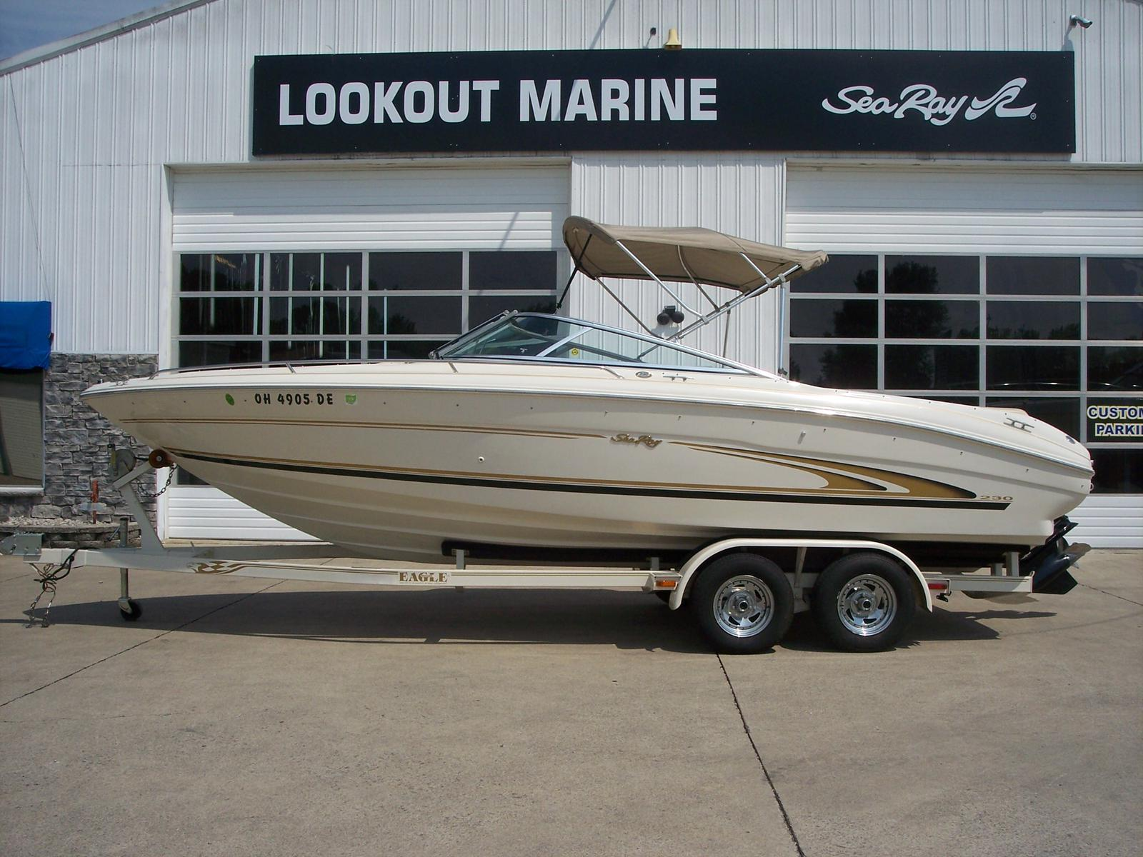 Sea Ray 230 Select