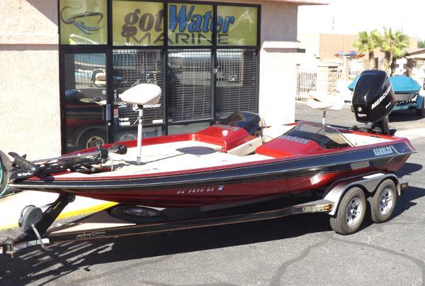 Gambler 2100DC Bass Boat