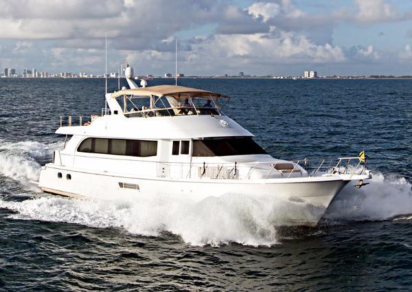 Hatteras Sport Deck Motoryacht