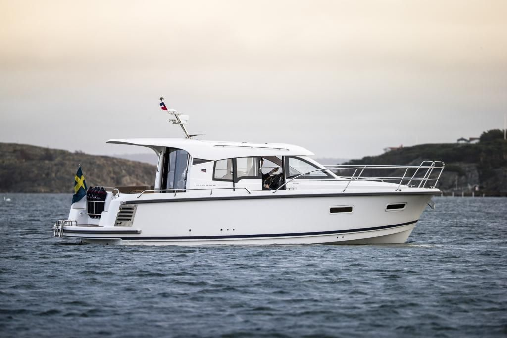 Nimbus 305 Coupe Volvo Penta D3220 PS Diesel NY Messeboot HH 2017