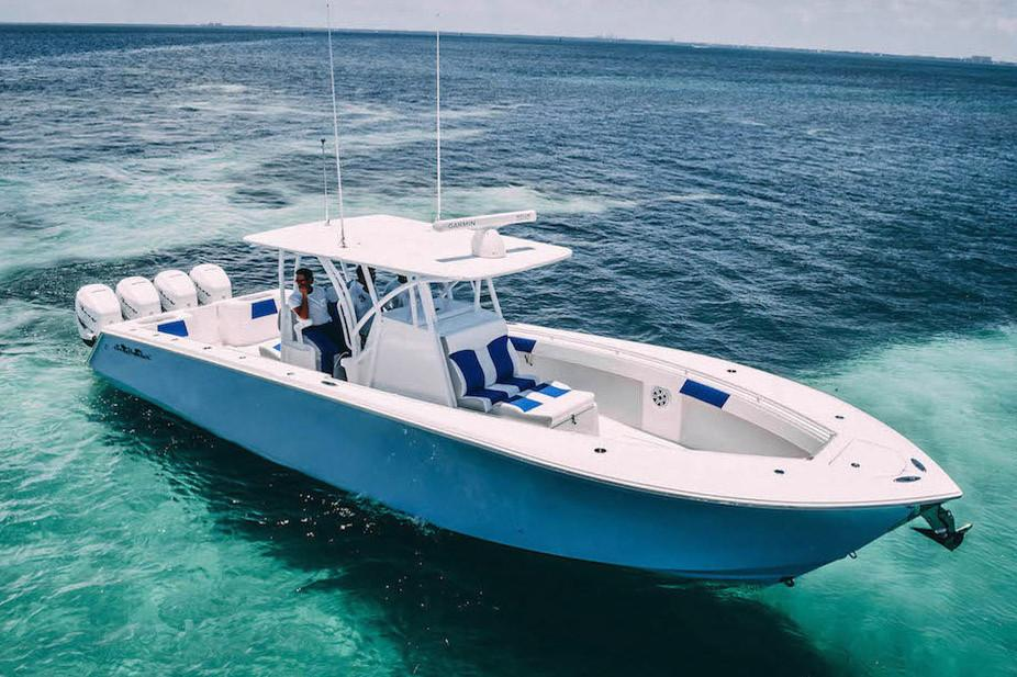 SeaHunter Boat image