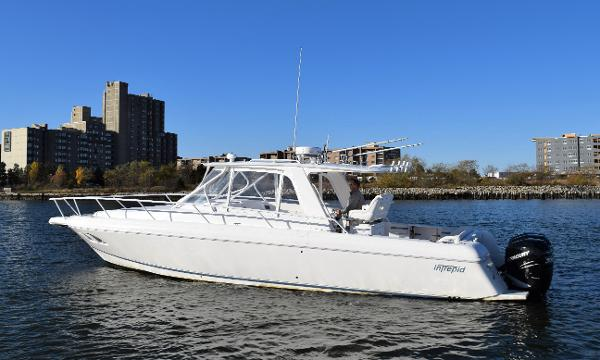 Intrepid 390 Sport Yacht (New Engines)