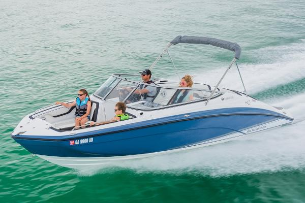 Yamaha Boats SX210 Manufacturer Provided Image