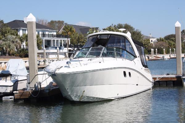 Sea Ray 330 Sundancer
