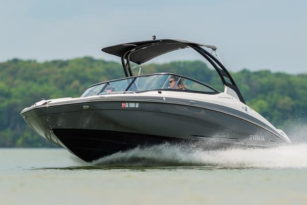 Yamaha Boats 212 Limited S Manufacturer Provided Image