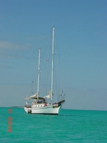 Formosa 37 KETCH Bahamas at Anchor