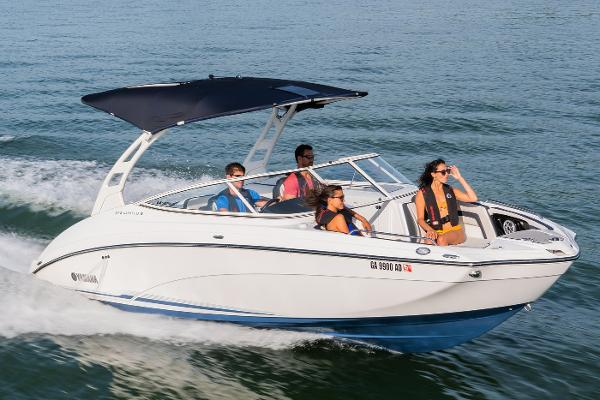 Yamaha Boats 242 Limited S E-Series Manufacturer Provided Image