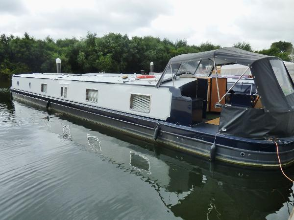 Viking Canal Boats 70' x 11' Widebeam
