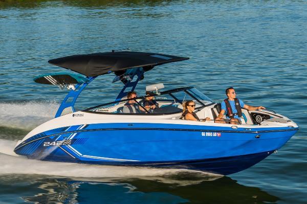 Yamaha Boats 242X E-Series Manufacturer Provided Image