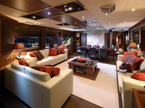 Sunseeker 30M Yacht Saloon