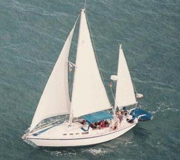 Allied Mistress Under Sail