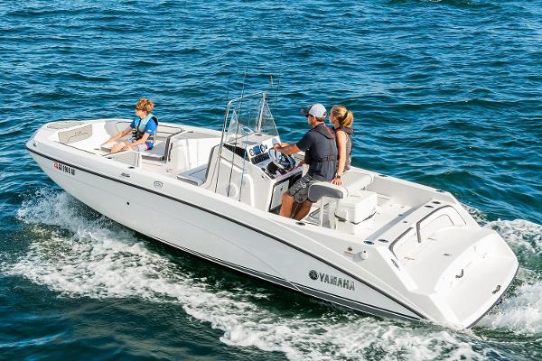 Yamaha Boats 210 FSH Manufacturer Provided Image
