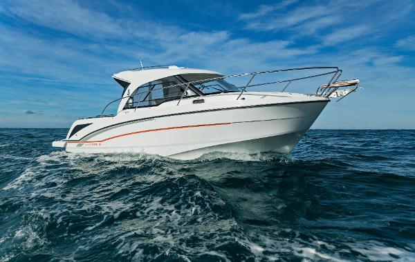 Beneteau ANTARES 8 OB Manufacturer Provided Image