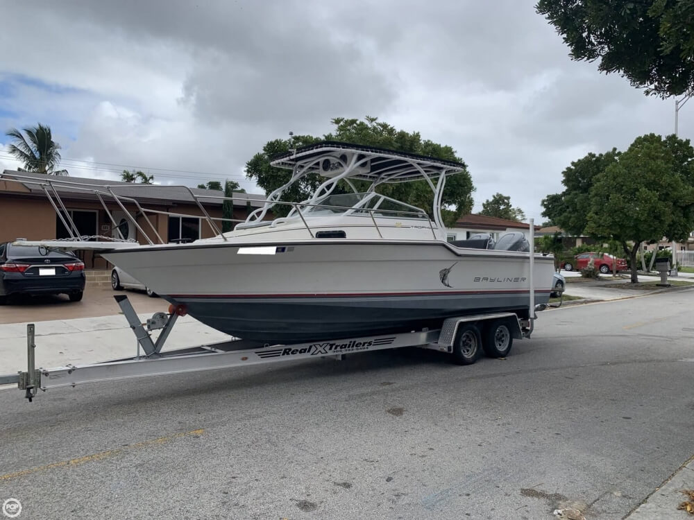 Bayliner 2302 Trophy 1990 Bayliner 2302 Trophy for sale in Hialeah, FL