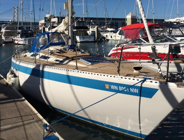 Sweden Yachts 34C