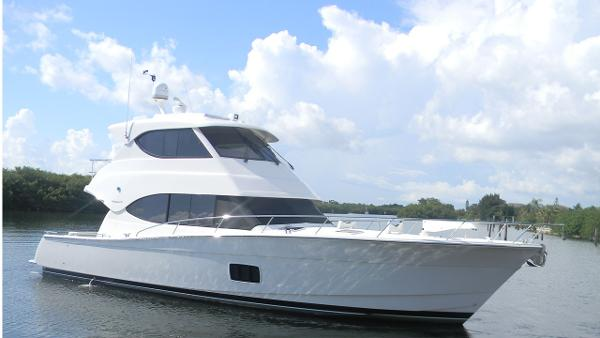 Maritimo 48 Enclosed Bridge Profile