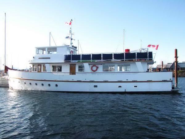 Motor Yacht Pilothouse Motor Yacht
