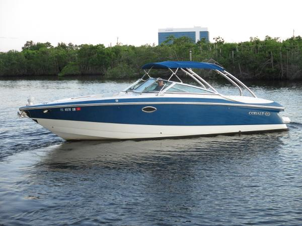 Cobalt 282 Bow Rider
