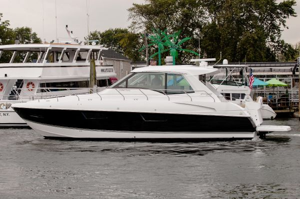Cruisers 48 Cantius Port Side