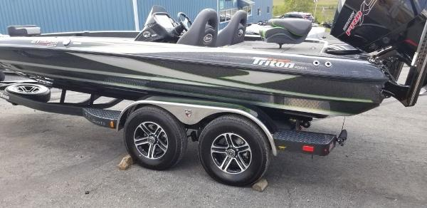 Triton 21 TRX Patriot