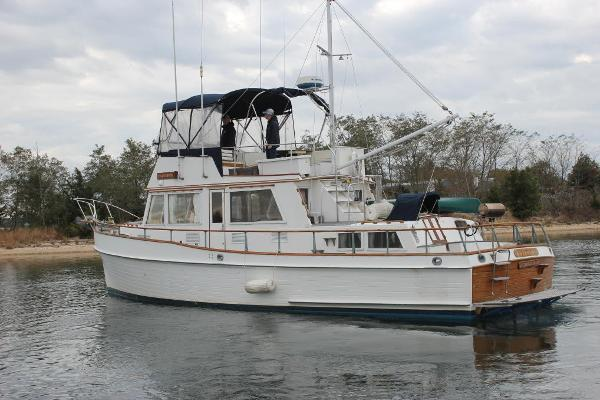 Grand Banks 42 Classic Port view