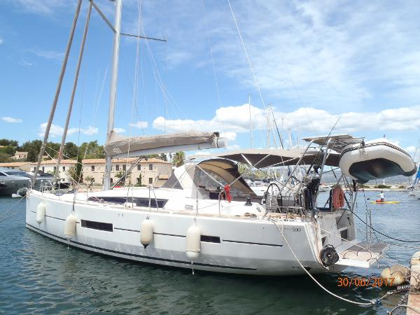 Dufour Yachts 500 Grand Large P6300014