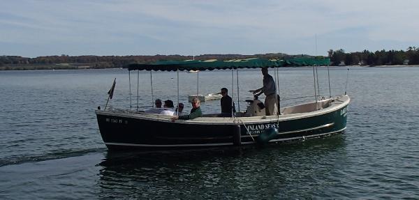 Uniflite Navy Motor Whale Boat MK5 Navy Whaleboat Underway