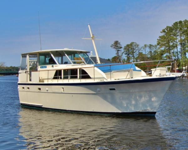 Hatteras 43 Double Cabin Motoryacht SEA SHELL