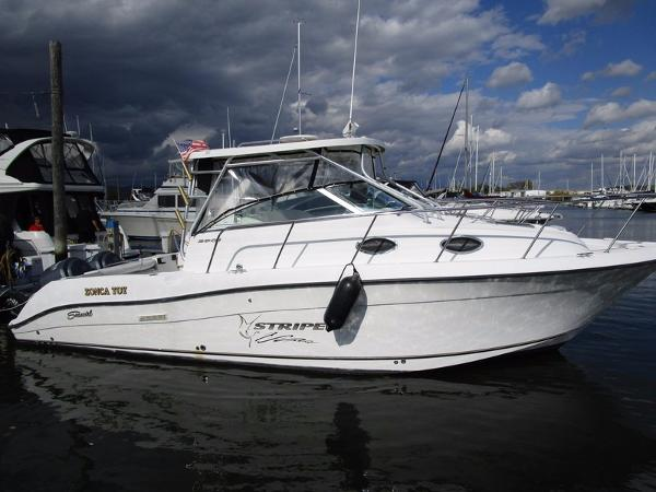 Seaswirl Striper 2901 Walkaround