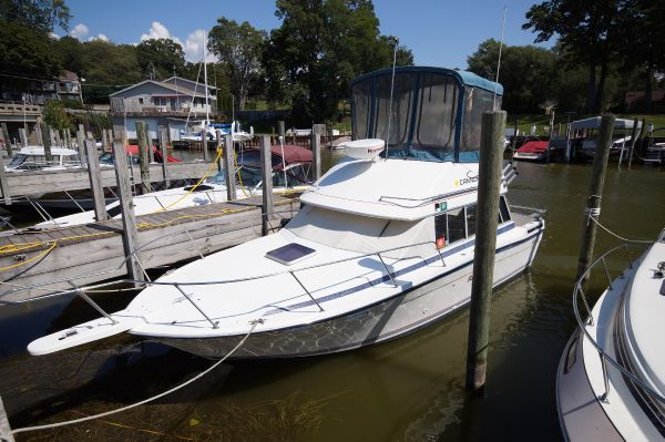 Bayliner 2850 Contessa