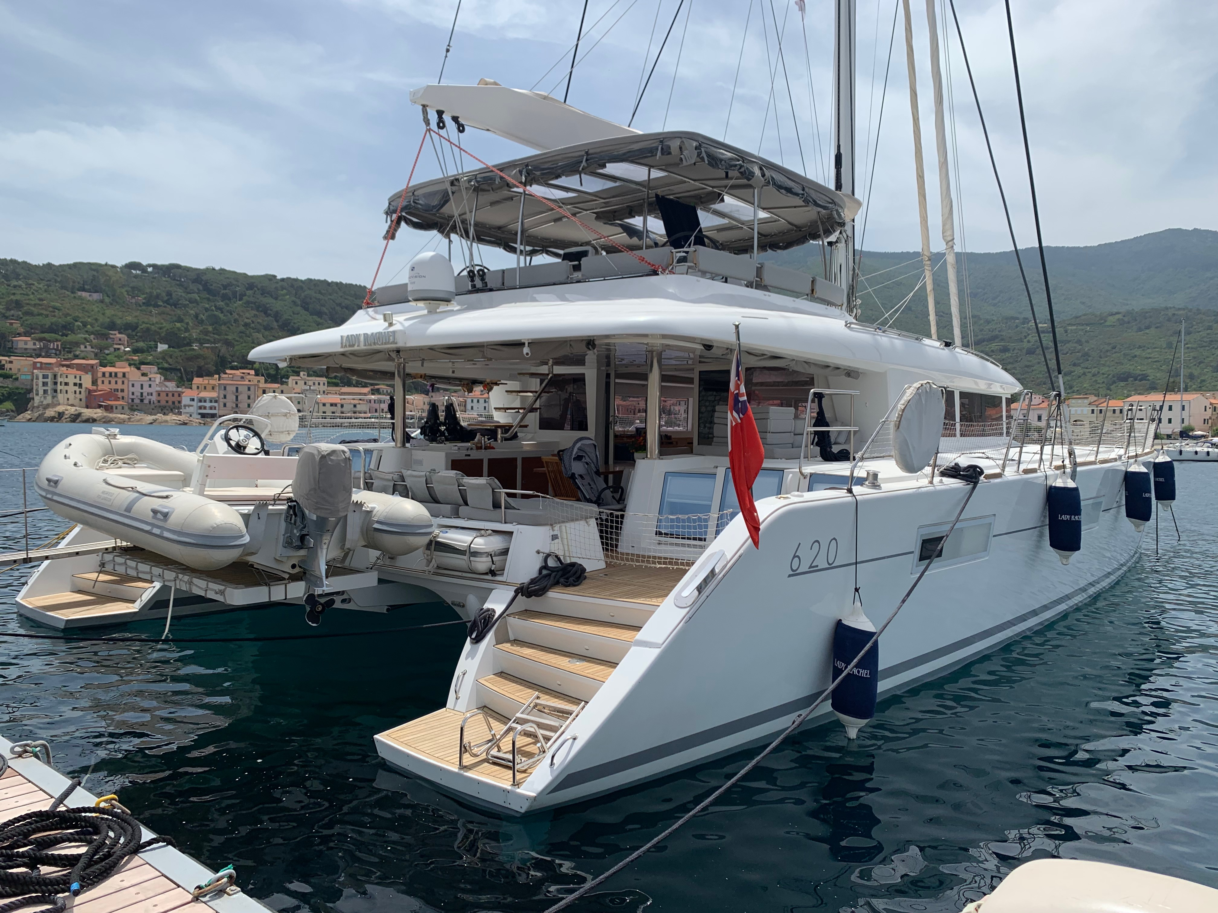 Lagoon 620 Owner Cabin