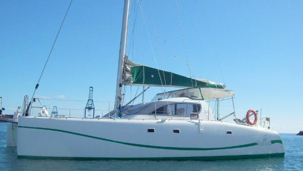 Format 1200 Cruising Catamaran Port Profile