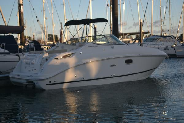 Sea Ray 260 Sundancer Main