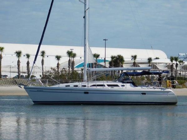 Catalina 380 Profile