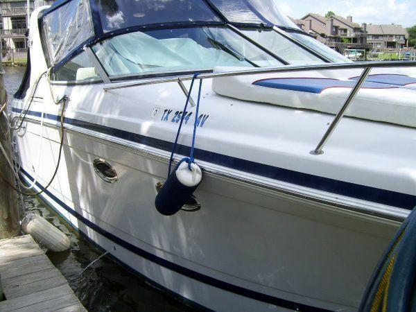 Chris-Craft 308 Express Cruiser