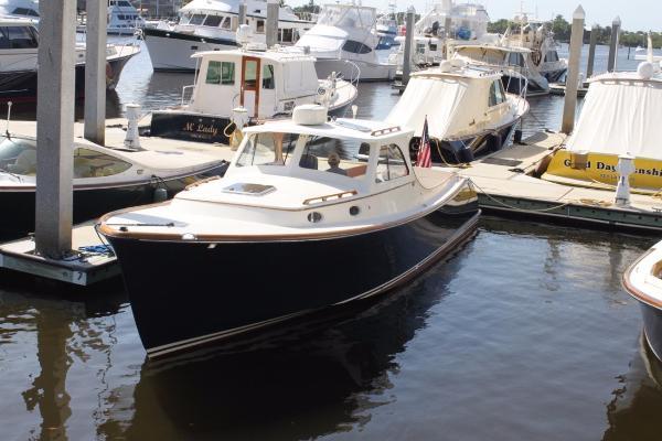 Hinckley Picnic Boat Classic Fast Folly