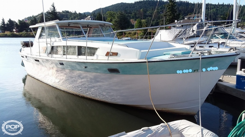 Tollycraft 34 Hard Top Express 1968 Tollycraft 34 Hard Top Express for sale in Hood River, OR