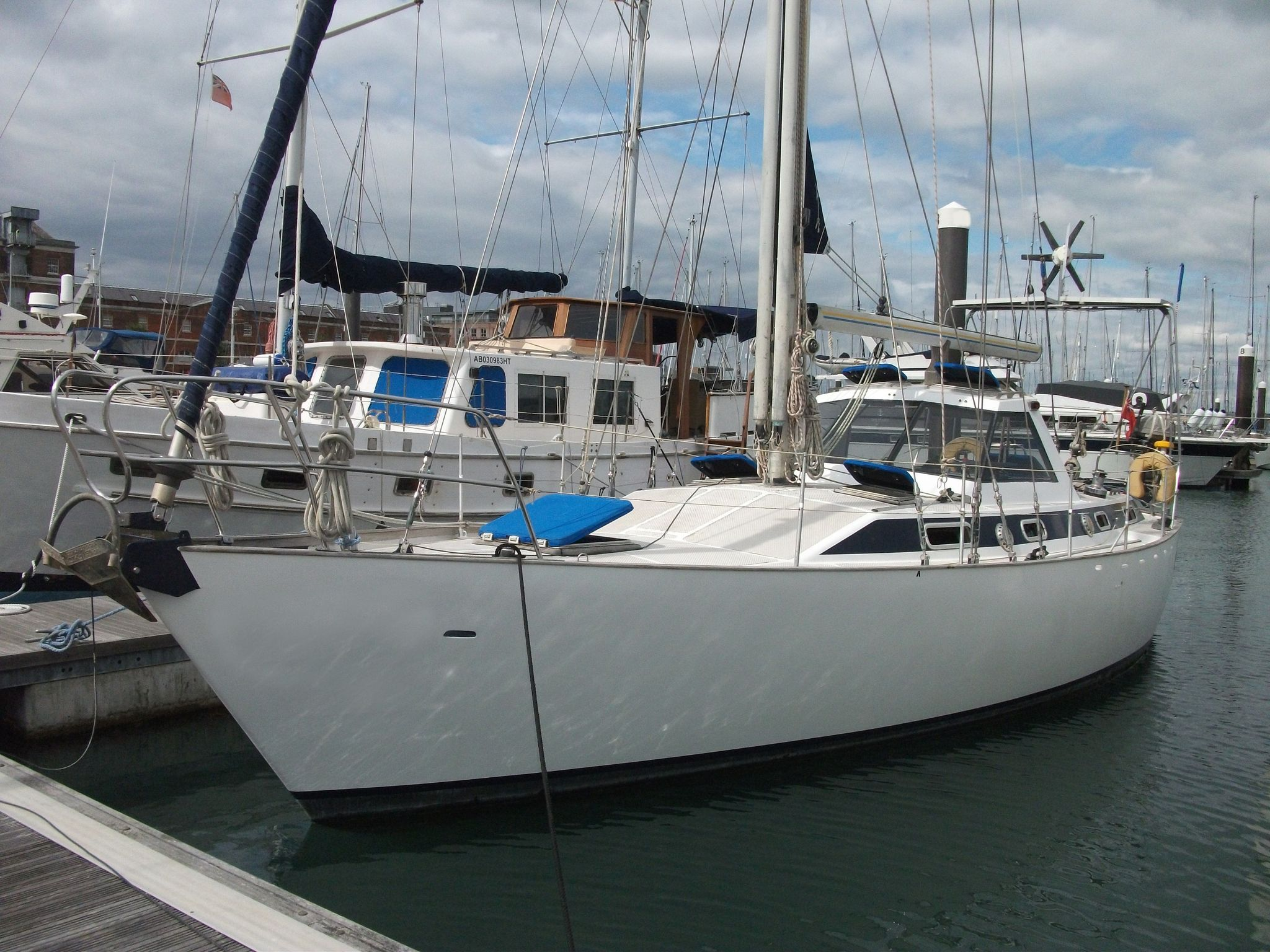 Steel Blue Water Cruising Yacht Lifting Winged Keel