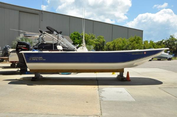 Carolina Skiff 258 DLV LOW HOURS