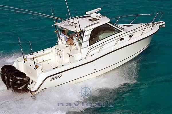 Boston Whaler 345 Conquest 3307796496_cefc992632_z