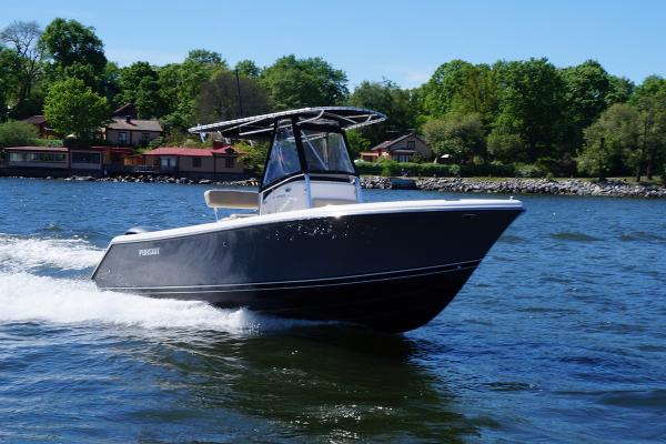 Pursuit C 230 Center Console