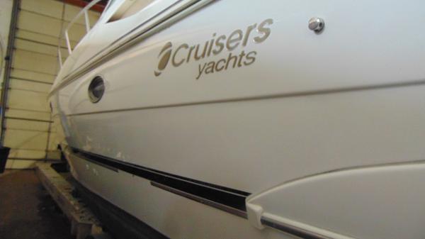 Cruisers 330