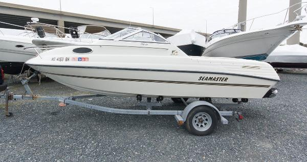 Sea Master 208 Family Fish Side Shot