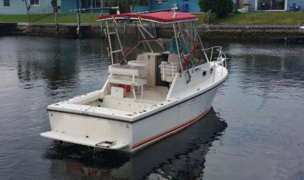 Shamrock 260 Express Cutty Stern