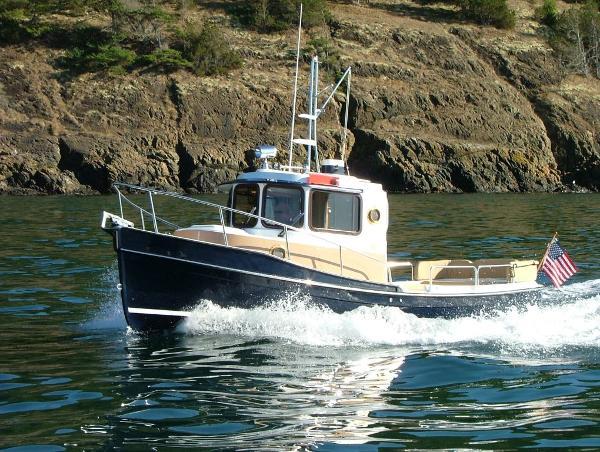 Ranger Tugs R-21EC Northwest Edition