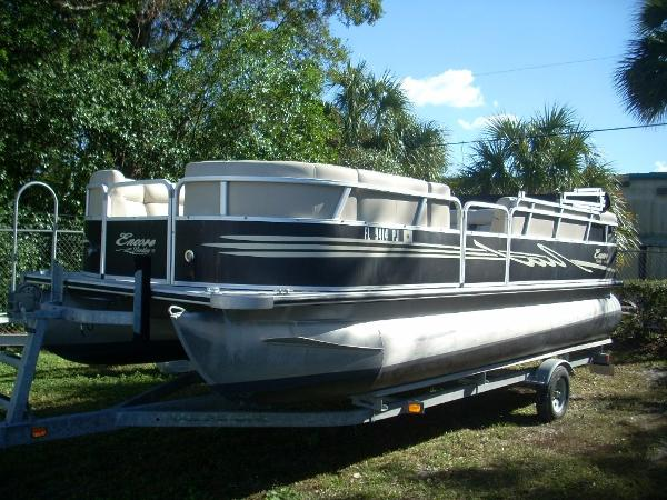 Bentley Pontoons 220 Cruise SE