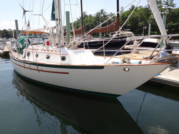 Pacific Seacraft Crealock